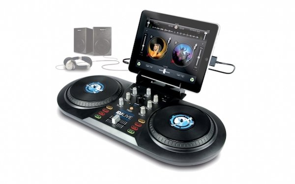 idjlive_ipad-docking-station