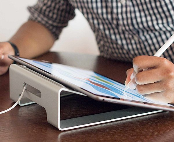 parcslope_ipad_stand