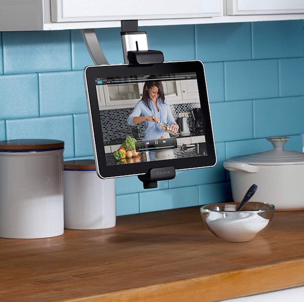 belkin-table-mount