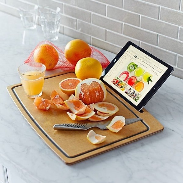 cutting-board-ipad-stand