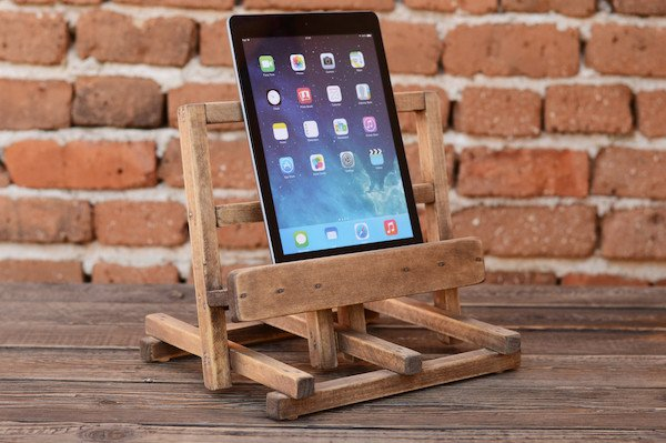 wooden-ipad-stand