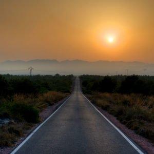 long-lone-road-4k